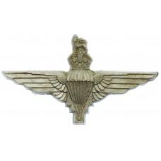 Parachute Regiment WW2 Plastic Economy Cap Badge
