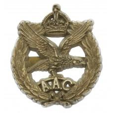 Army Air Corps WW2 Plastic Economy Cap Badge