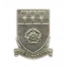 Derbyshire Constabulary Collar Badge