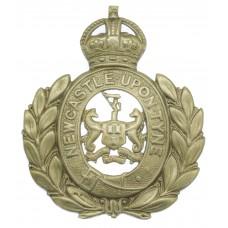 Newcastle -Upon- Tyne City Police Wreath Helmet Plate - King's Cr