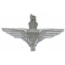 Parachute Regiment WW2 Plastic Economy Cap Badge