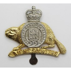 Canadian Royal 22nd Regiment Cap Badge - Queen's Crown