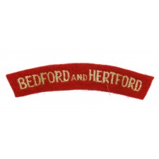 Bedfordshire & Hertfordshire Regiment (BEDFORD AND HERTFORD) Cloth Shoulder Title