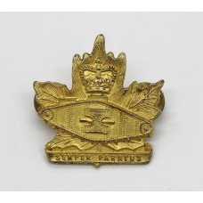 Canadian Army Windsor Regiment (R.C.A.C.) Officer's Collar Badge - Queen's Crown