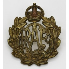 Royal Canadian Air Force (R.C.A.F.)  Cap Badge - King's Crown