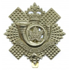 Highland Light Infantry of Canada Cap Badge - Queen's Crown