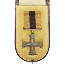WW1 Military Cross in Box of Issue - Unnamed