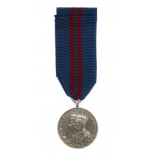1911 George V Coronation Medal - L.St. J. Powell, King's Co. 1st Bn. Grenadier Guards