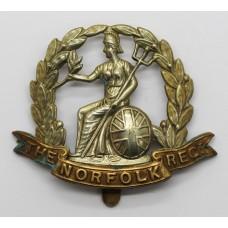Norfolk Regiment Wreath Cap Badge