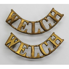 Pair of Welch Regiment (WELCH) Shoulder Titles