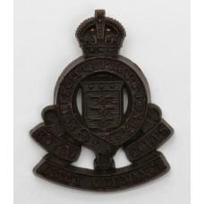 Royal Army Ordnance Corps (R.A.O.C.) WW2 Plastic Economy Cap Badge