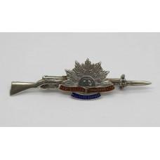 WWI Australian Commonwealth Military Forces Sterling Silver & Enamel Rifle Sweetheart Brooch