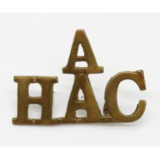 'A' Battery Honourable Artillery Company (A / H.A.C.) Shoulder Title