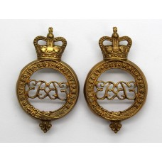 Pair of Grenadier Guards Shoulder Titles - Queen's Crown