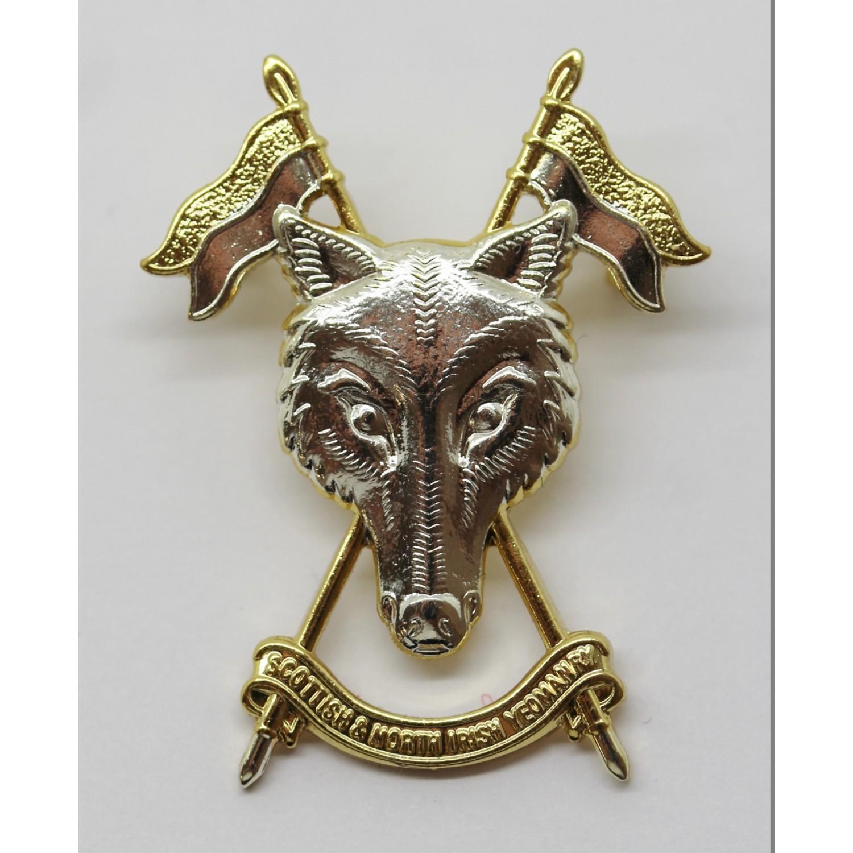 SNIY The  Scottish and North Irish Yeomanry Metal Cap Badge