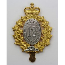 Canadian 12th Armoured Regiment of Canada Cap Badge - Queen's Cro