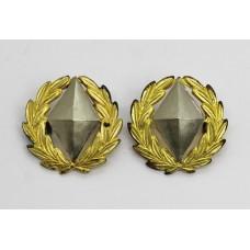 Pair of Kimberley Regiment (South Africa) Collar Badges