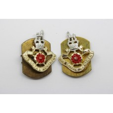 Pair of Loyal Regiment Anodised (Staybrite) Collar Badges - Queen's Crown