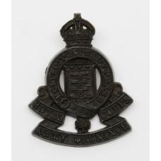 Royal Army Ordnance Corps (R.A.O.C.) WW2 Plastic Economy Cap Badg