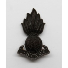 Royal Artillery WW2 Plastic Economy Field Service Cap/Collar Grenade Badge