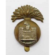 Royal Inniskilling Fusiliers Cap Badge (Flag Left)