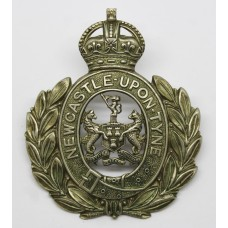 Newcastle-Upon-Tyne City Police Wreath Helmet Plate - King's Crown
