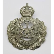 Newcastle-upon-Tyne City Police Wreath Helmet Plate - King's Crown